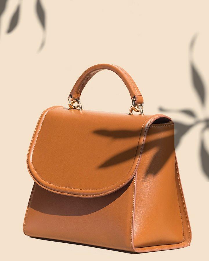 Kilesa Melly handbag color cuoio con bordo a rilievo