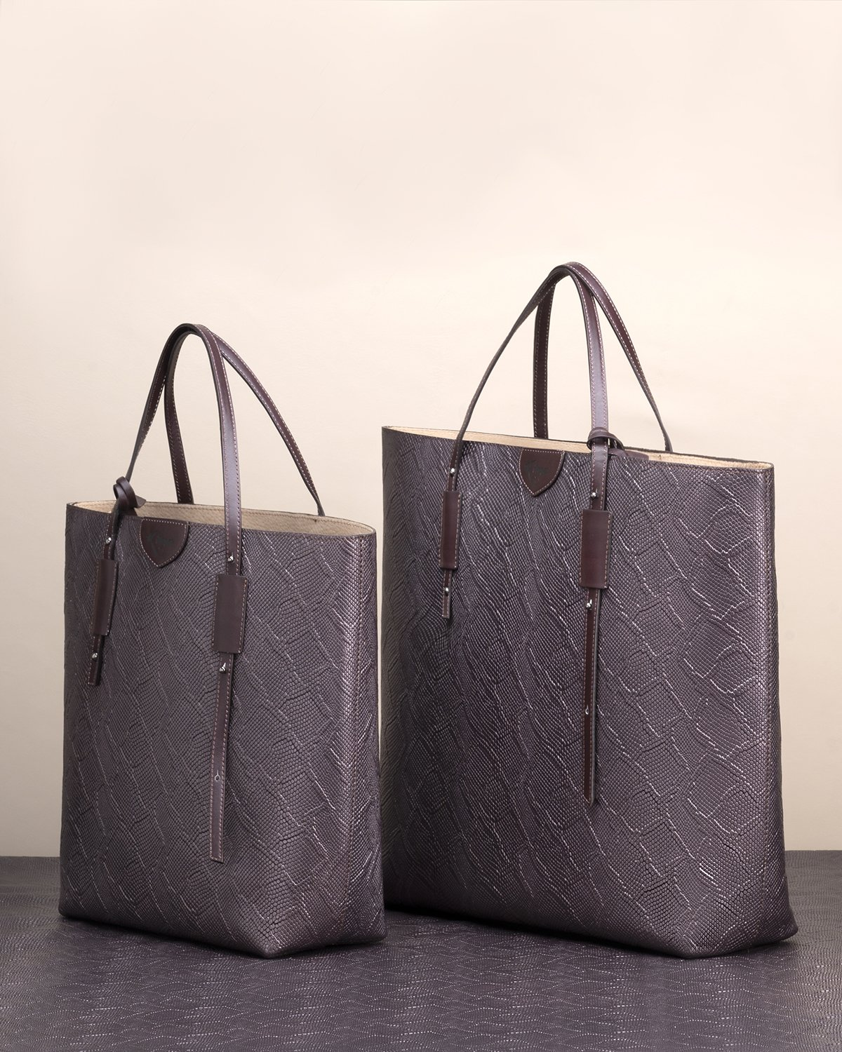 Kilesa wally shopper made with italian calfskin