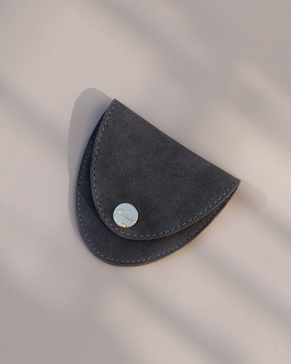 Kilesa grey suede coin purse